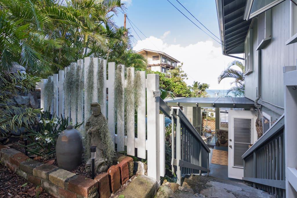 Entry to Garden Lanai.