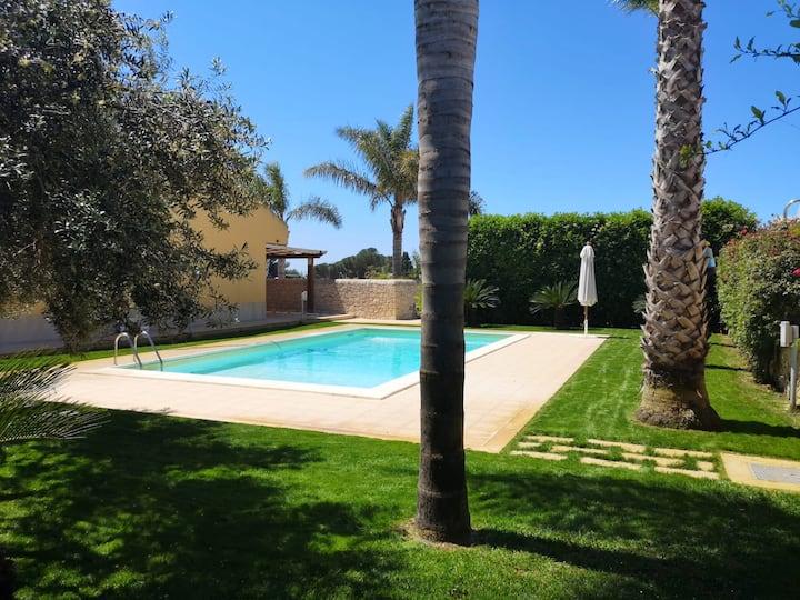 Villa med 4 soverom i Scicli med privat svømmebasseng, inngjerdet hage og Wi-Fi - 300 m fra stranden