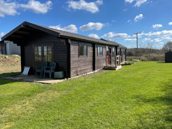 Cosy log cabin on farm, near Writtle, Essex