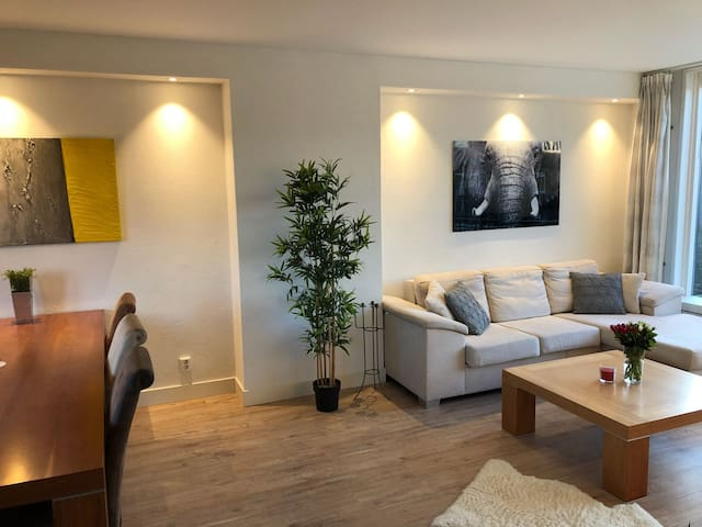 Spacious and light 2-levelapartment