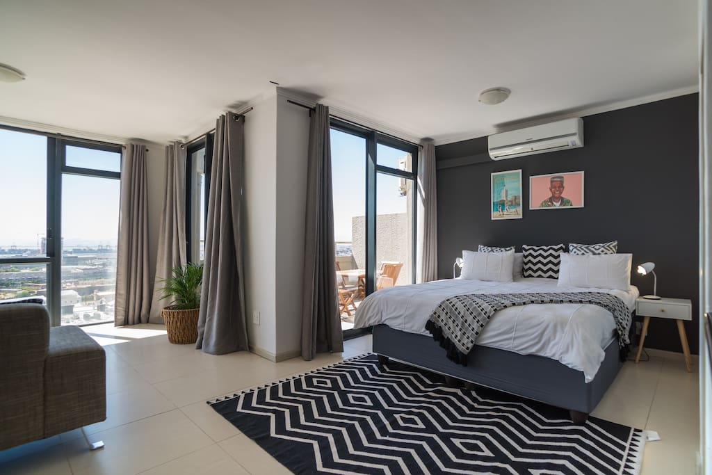 cape town city centre penthouse floor apartment wohnungen zur miete in kapstadt westkap. Black Bedroom Furniture Sets. Home Design Ideas