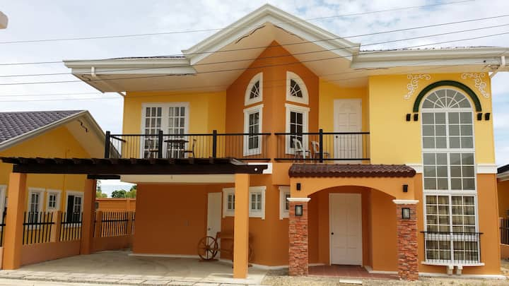 Panglao Transient House 1 For Rent - 6 BR