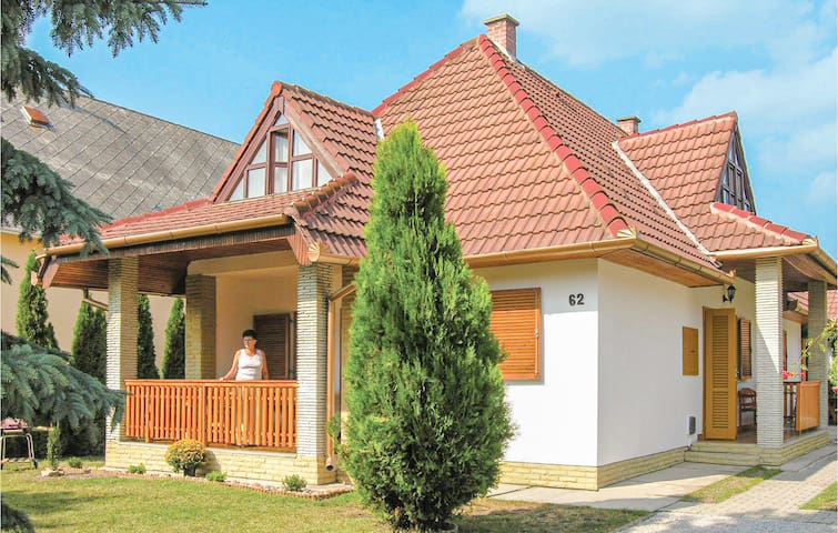 Holiday cottage with 3 bedrooms on 145m² in Keszthely