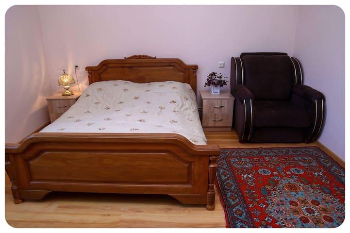 Hayi Tun double room