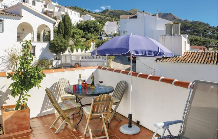 Terraced house with 2 bedrooms on 90m² in Canillas de Albaida