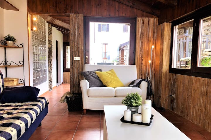 "Charming ""Casa Cara"" at Lago Maggiore"