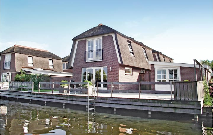 Amazing home in Breukelen with 3 Bedrooms and WiFi