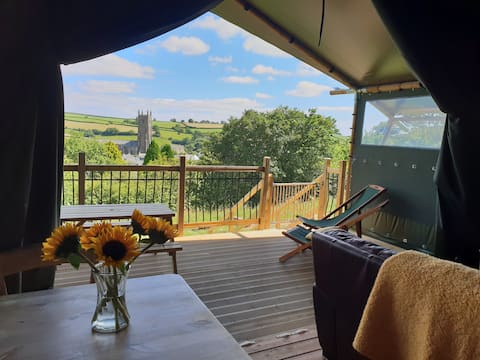 Brackenhill NEW Luxury Glamping Tent with Ensuite