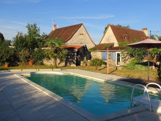 Rocamadour: Maison en pierre avec jardin, piscine