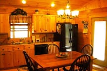 Dream View log Cabin near to all adventures