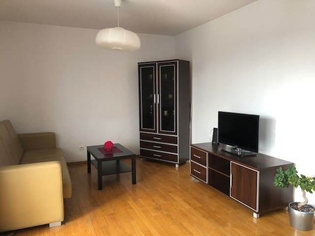 Close to City Centre, quiet and cosy flat