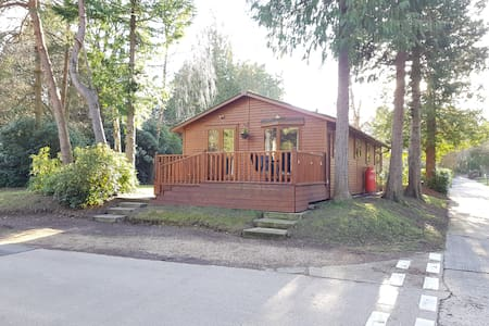 FirTree Lodge, Sandford Holiday Park