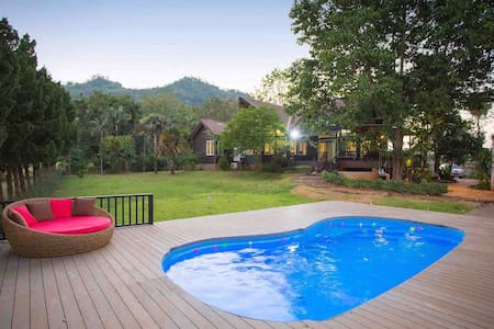 FREE ATV Perfect Hideaway Pool Villa in GolfCourse