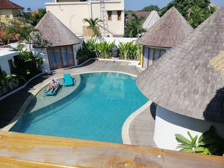 BERAWA, Luxury WATER BUNGALOW N 4