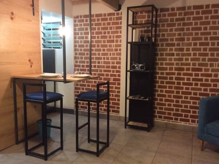 Studio meublé équipé  Ambatobe  tananarive