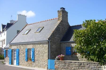 Bretonisches Fischerhäuschen - House