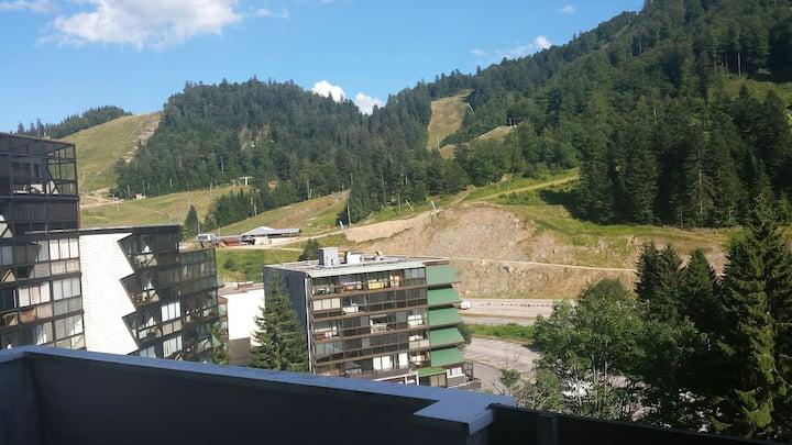Appartement avec balcon et vue sur le domaines