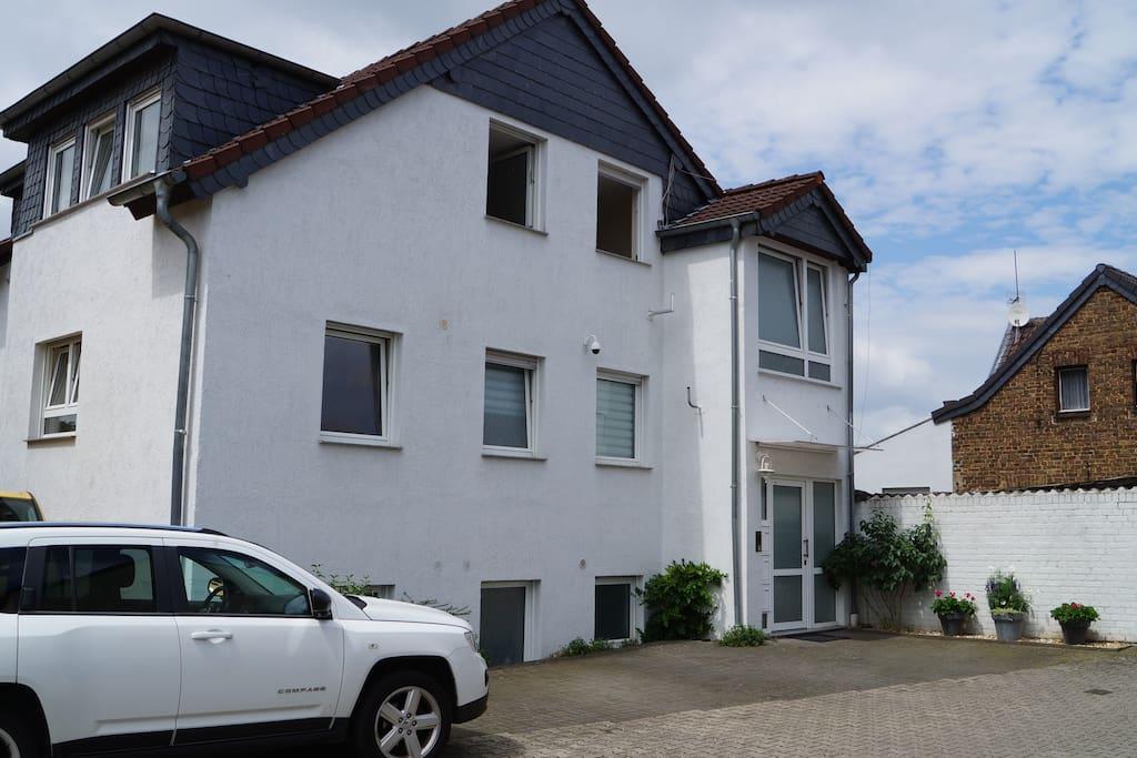 Apartment4time Haus Bedburg Aussenansicht