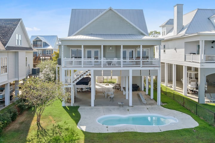 Fabulous House On the Bay With Pier and Pool!!