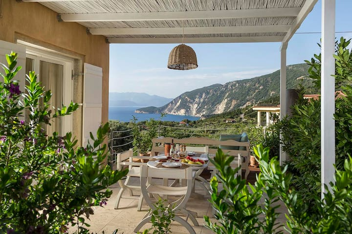 Ionian Breeze-FOS home with beautiful sea view