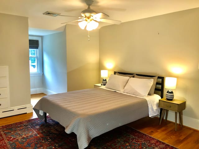 Spacious upstairs bedroom with memory foam mattress.