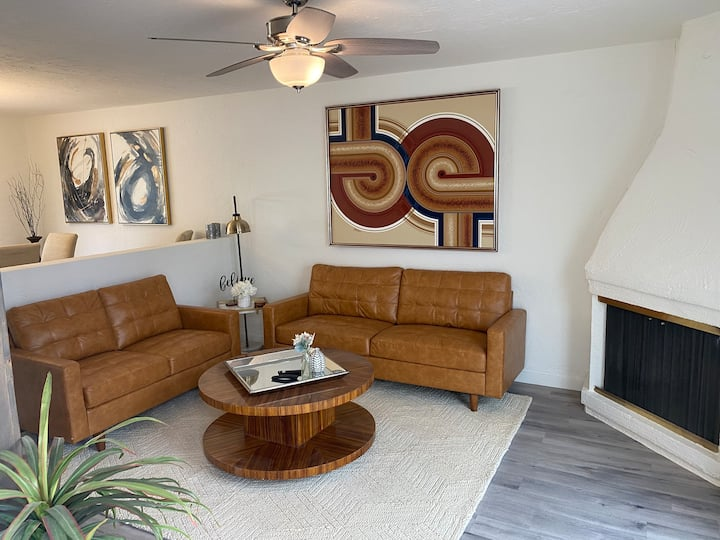 Simple & Elegant Townhouse in Litchfield Park