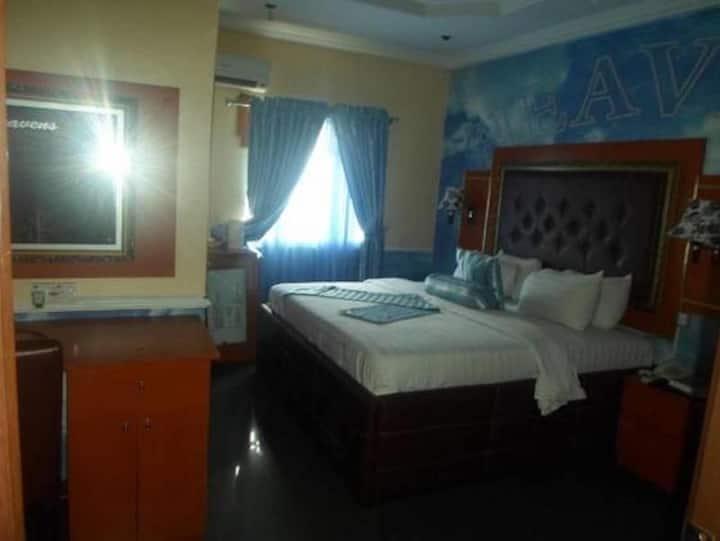 De Heavens Royale Hotel - Deluxe Room