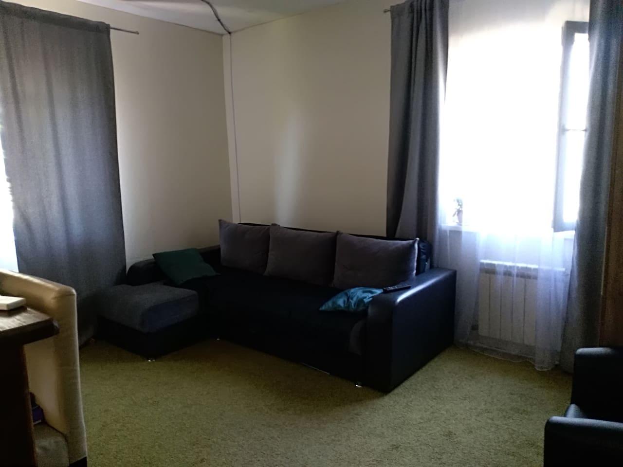 Раскладной диван. До 3-х человек