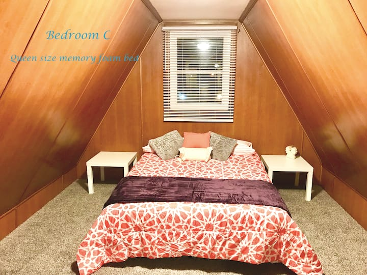 S3C Private Bedroom - 1.7 mi from Notre Dame