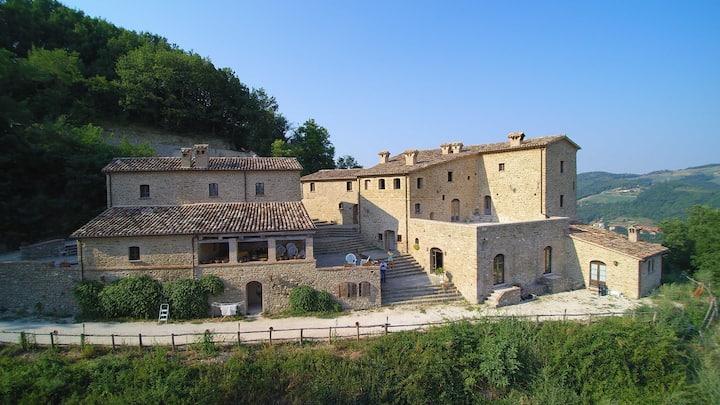 Golden Suite Room - Borgo Cisterna