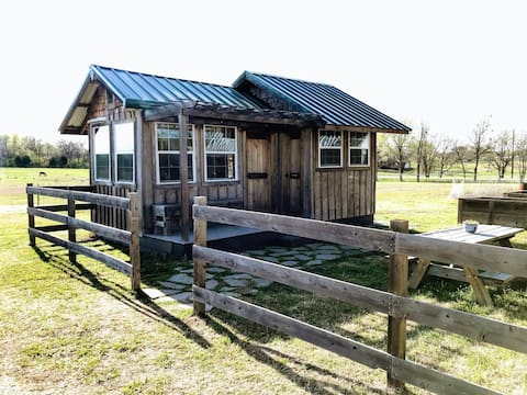 Mars Hill Farm Tiny House Cottage