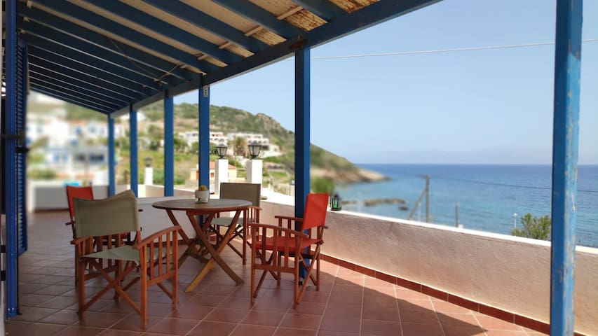 The perfect summer refuge for relaxing vacations..