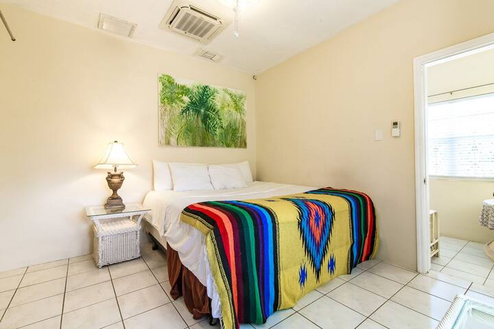 A3 King size Bed, Studio Type room, private entrance,  Mini Fridge