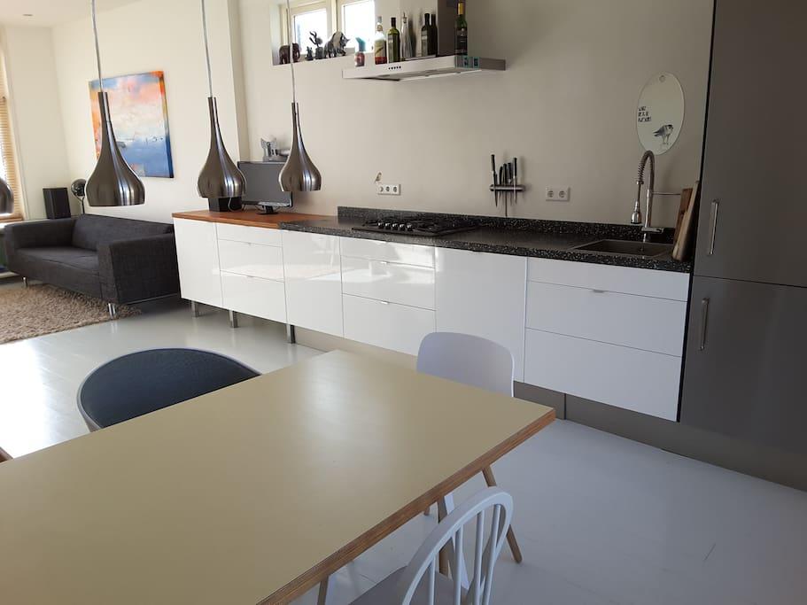 open kitchen in livingroom (1st floor)