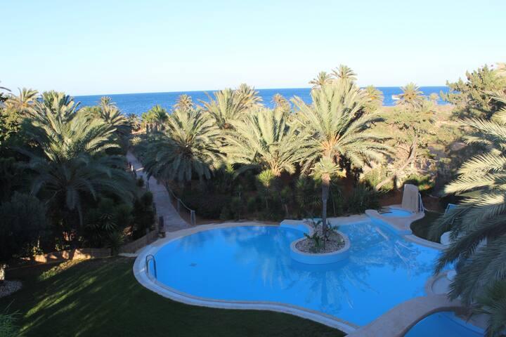 Villa Horchani, pieds dans l'eau à Zarzis