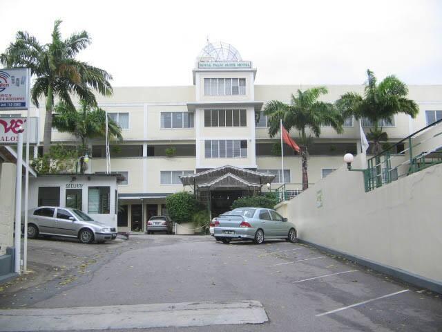 Royal Palm Suite Hotel