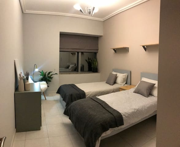 NEAT AND COZY SHARED BEDROOM IN DOWNTOWN DUBAI