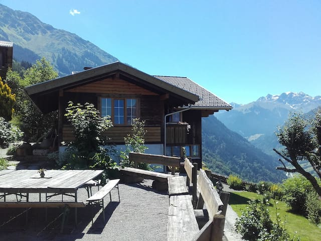 350 year old Mountain Home - Schruns - Chalet