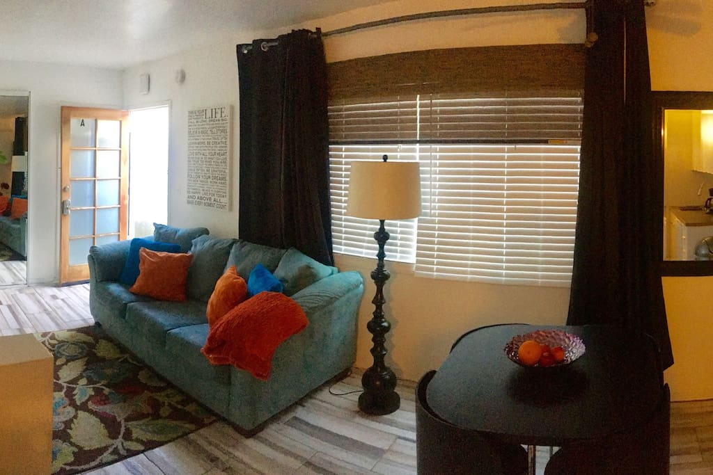 Lovely trendy close to the beach houses for rent in los angeles cal - Matelas dunlopillo trendy room 24 ...