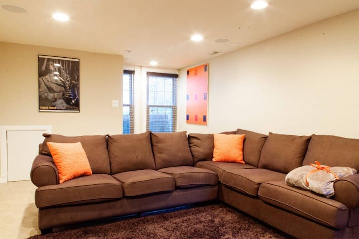 """""""Great spot! Great size living space and bedroom."""" - Lynn, June 2018"""