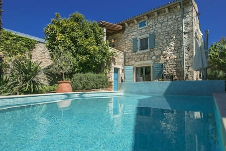 Villa Annette with swimming pool