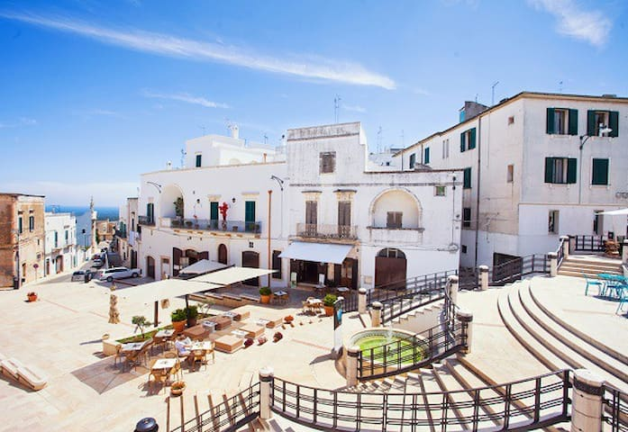 Vacanze Romantiche in Puglia: Prenota Mono Lorenza