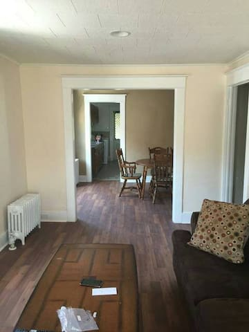 Penn Ave 2 Bedroom Apartment - Scranton - Lägenhet