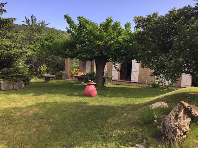 Maison de campagne proche Saint Florent
