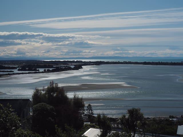Sea, City and Mountain Views