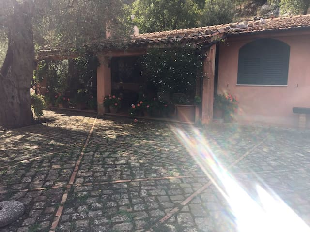 Villa Isnello - Isnello - Villa