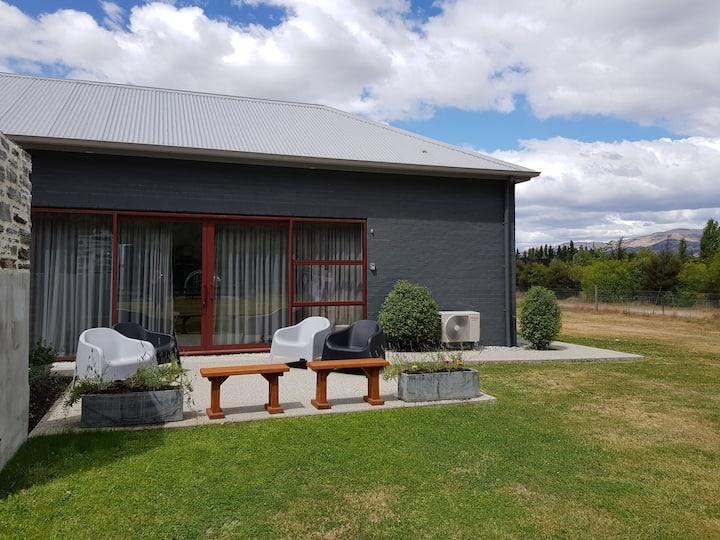 Wanaka -Iron View