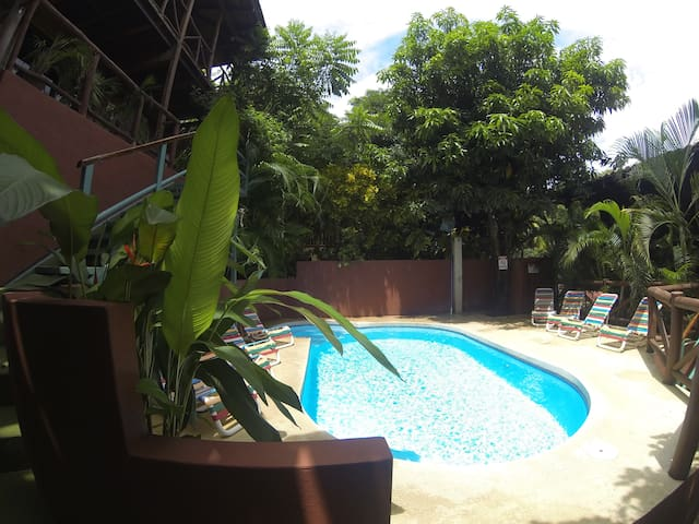 Apartment 3,Raratonga, 2 mins walk to the beach