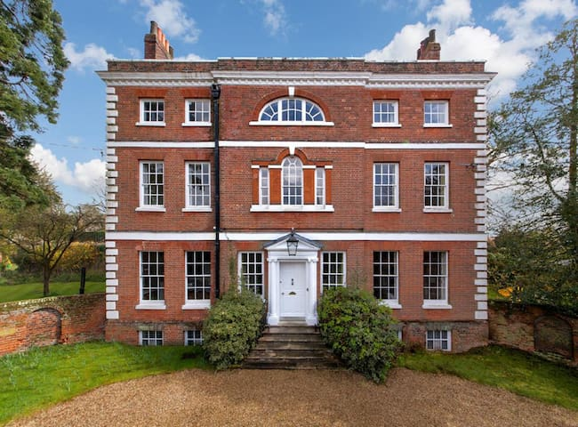 The Old Vicarage, Castle Hedingham - Castle Hedingham - Villa