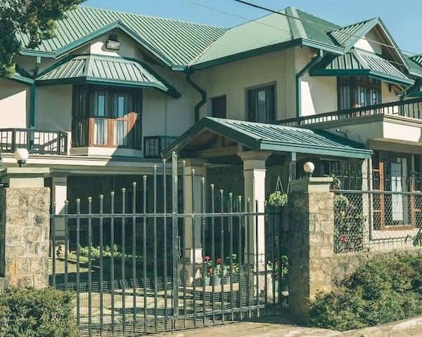 THE FAMILY HOME - Central Nuwera eliya